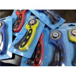 Rotary Cutter / Skip Stitch (2 blades)